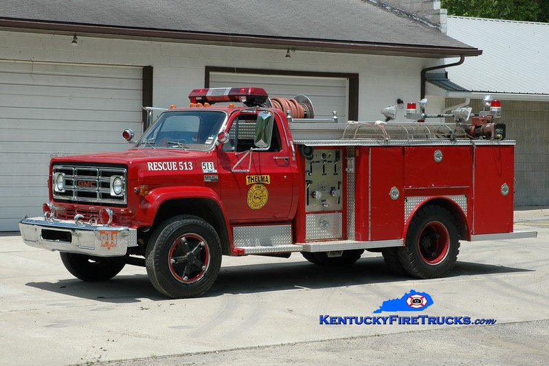 <center> Thelma  Rescue 513  <br> 1977 GMC 6500/E-One 250/500 <br> Greg Stapleton photo </center>