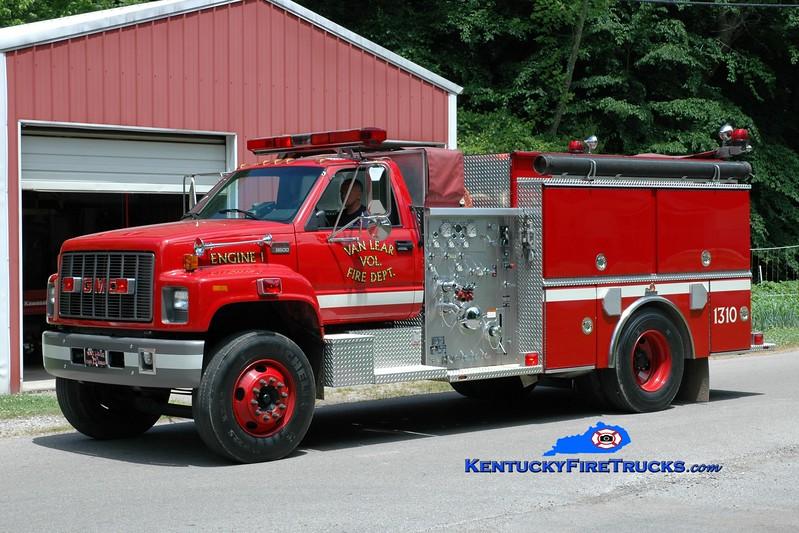 <center> Van Lear  Engine 1310  <br> 1998 GMC 8500/Ferrara 1250/1000 <br> Greg Stapleton photo </center>