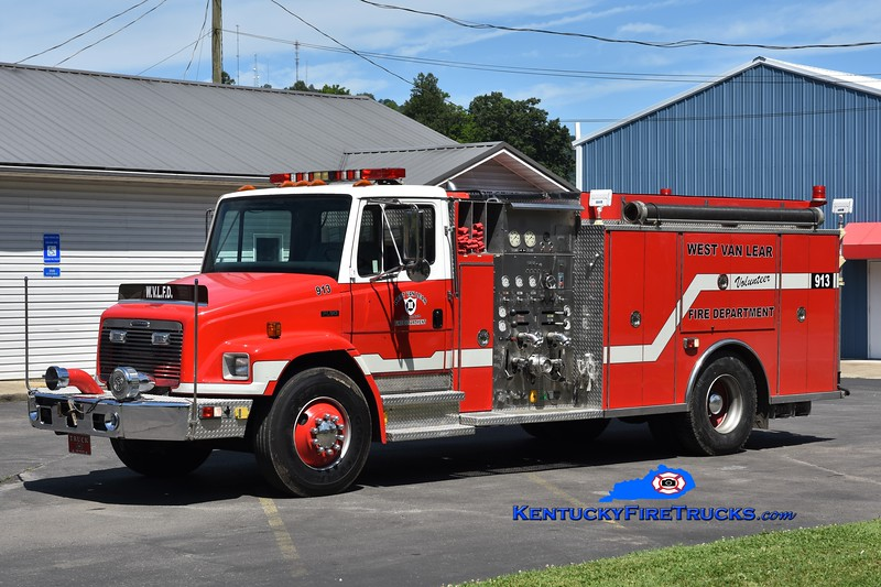 West Van Lear Engine 913<br /> x-Hopewell/Stow Creek, NJ<br /> 1995 Freightliner FL80/Saulsbury 1250/1000<br /> Greg Stapleton photo