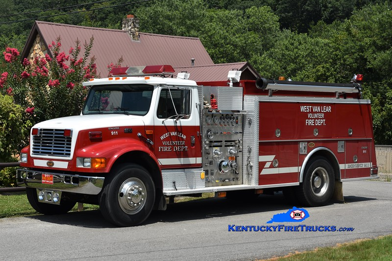 West Van Lear  Engine 911<br /> x-Waldens Creek, TN<br /> 1998 International 4900/KME 1250/1000<br /> Greg Stapleton photo