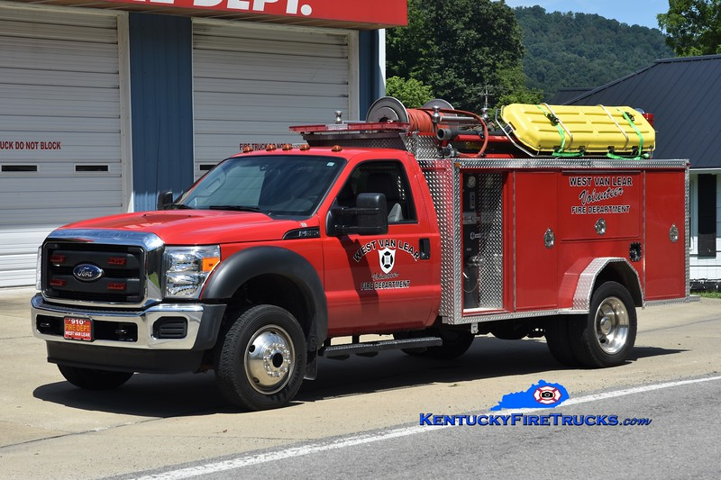 West Van Lear Rescue 910 <br /> 2015 Ford F-450 4x4/Indiana 250/250 <br /> Greg Stapleton photo