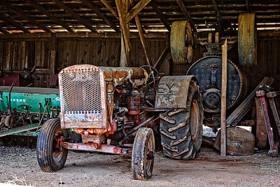Moonshiners Tractor