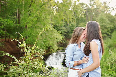 Kari & Amanda0004