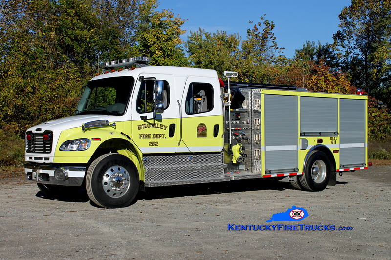 <center> RETIRED <br> Bromley  Engine 252 <br> 2011 Freightliner M2-106/Summit 1250/750 <br> Kent Parrish photo </center>