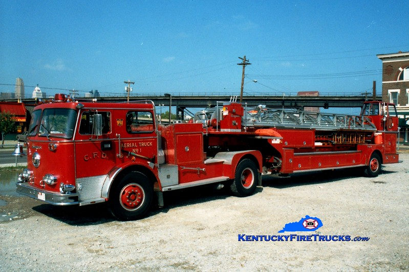 <center> RETIRED <br> Covington  Truck 1 <br> 1974 Seagrave PT 100'  <br> Greg Stapleton photo </center>