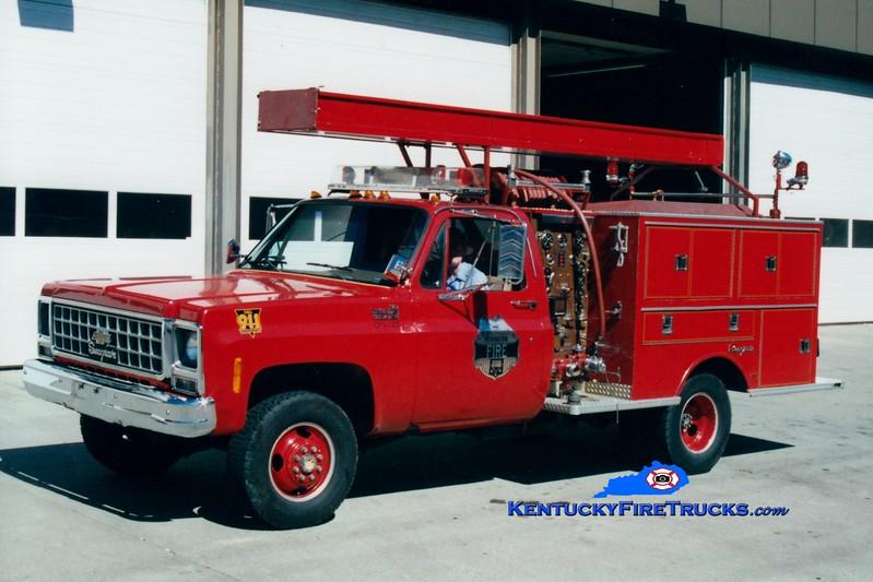 <center> RETIRED <br> Covington  Pumper 9 <br> 1980 Chevy/Seagrave 400/300  <br> Greg Stapleton photo </center>