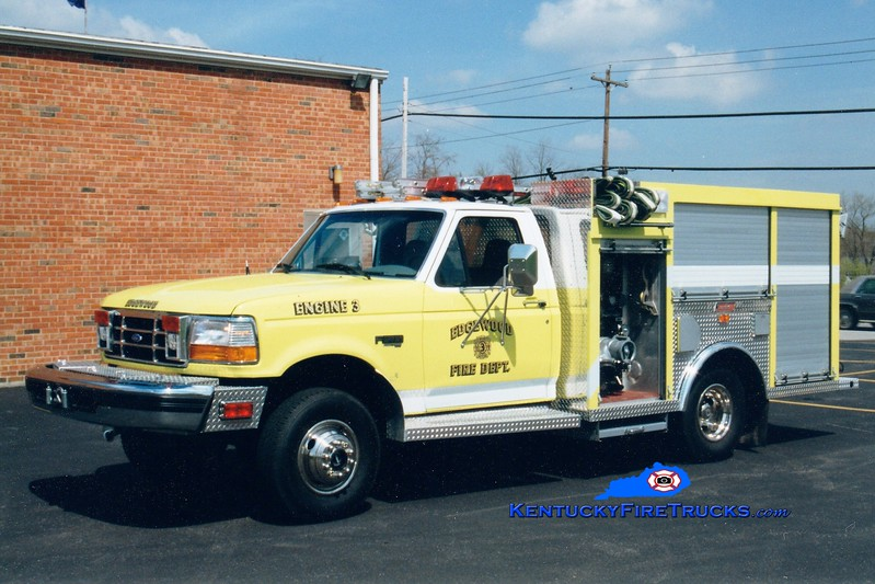 RETIRED <br /> Edgewood  Engine 153<br /> x-Southern Hills, KY <br /> 1998 Ford SD 4x4/Summit 500/300/20<br /> Greg Stapleton photo