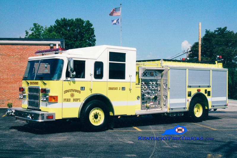 Edgewood  Engine 152<br /> 2001 Pierce Enforcer 1500/750<br /> Greg Stapleton photo