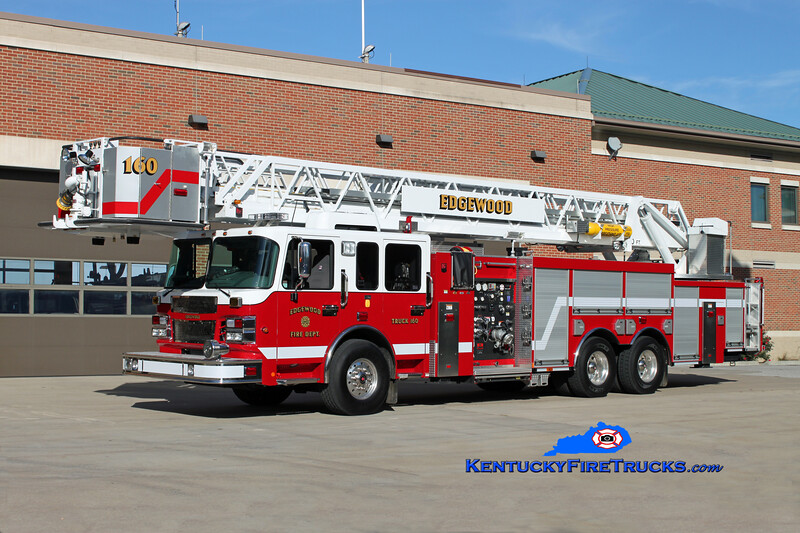 <center> Edgewood  Truck 160 <br> 2010 Spartan/Smeal Sirius 2000/300/100' <br> Kent Parrish photo </center>