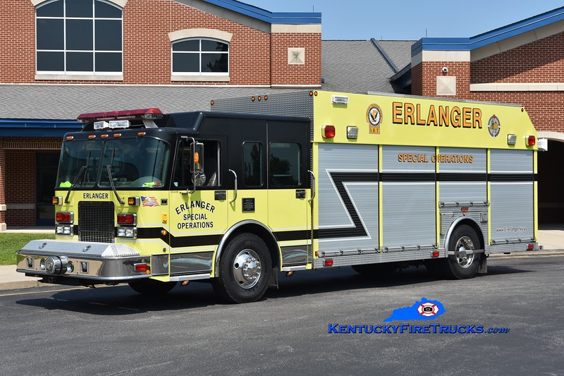 Erlanger Rescue 74 <br /> 2003 Spartan Advantage/Summit <br /> Greg Stapleton photo