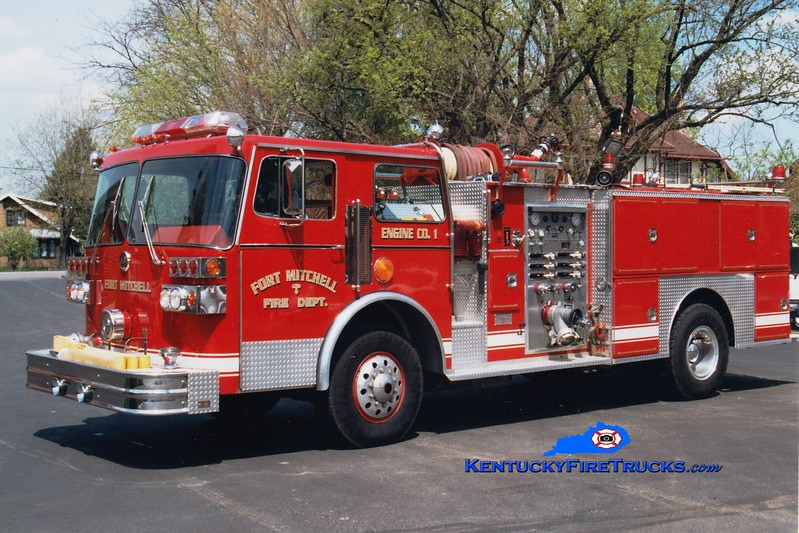 <center> RETIRED <br> Fort Mitchell  Engine 1 <br> 1983 Sutphen Deluge 1500/500  <br> Greg Stapleton photo </center>
