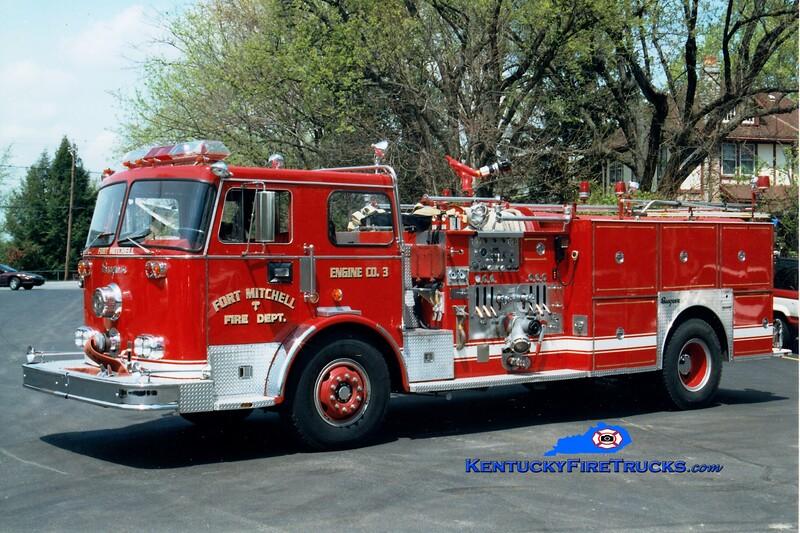 <center> RETIRED <br> Fort Mitchell  Engine 3 <br> 1974 Seagrave PB 1500/500 <br> Greg Stapleton photo </center>