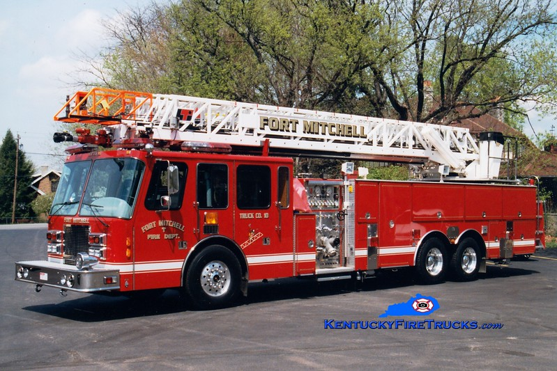 <center> Fort Mitchell  Truck 10 <br> 1994 Simon-Duplex/LTI 1500/300/110'  <br> Greg Stapleton photo </center>