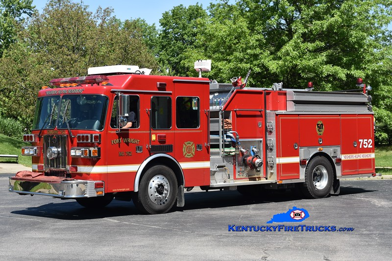 Fort Wright Engine 752<br /> x-Engine 751 <br /> 1997 Sutphen 1500/750<br /> Greg Stapleton photo