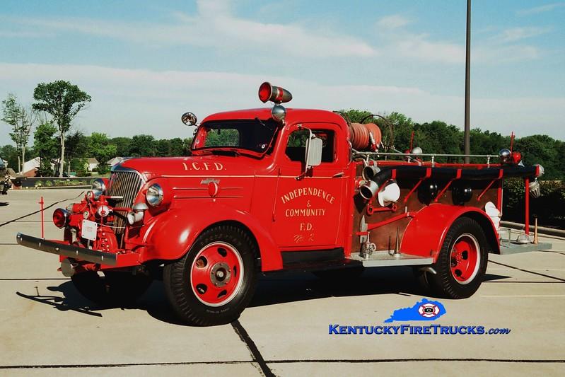 <center> Independence Antique <br> 1937 Chevy/Darley 500/200 <br> Greg Stapleton photo </center>
