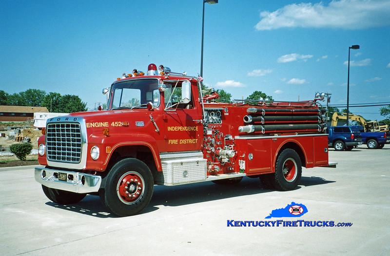 <center> RETIRED <br> Independence Engine 452 <br> 1976 Ford LN/Grumman-Howe 1000/500 <br> Kent Parrish photo </center>