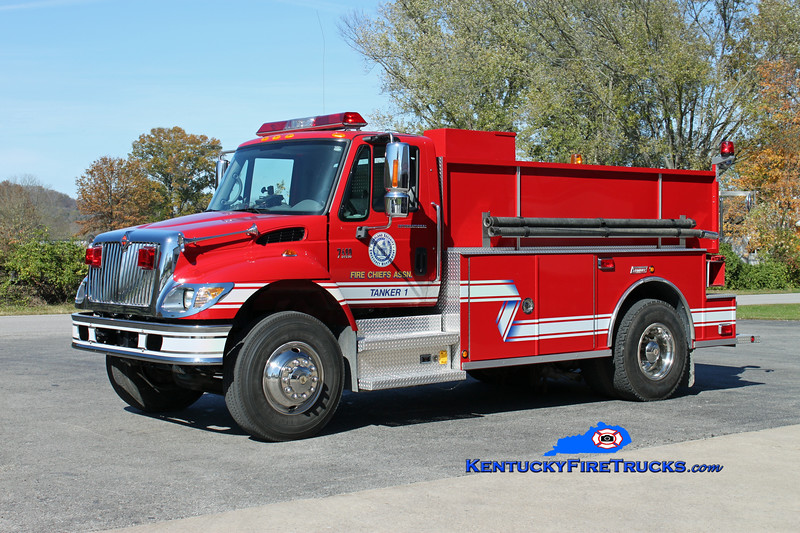 Kenton County Fire Chief's Association  Tanker 1<br /> 2003 International 4400/Summit 250/2000<br /> Kent Parrish photo
