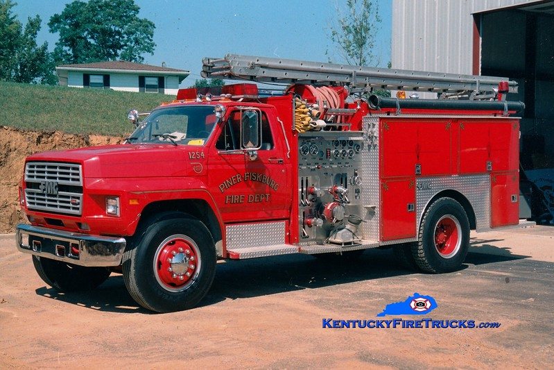 <center> RETIRED <br> Piner-Fiskburg  Engine 1254 <br> 1987 Ford/FMC 1000/1000 <br> Greg Stapleton photo </center>