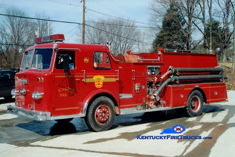 <center> RETIRED <br> Ryland Heights  Engine 554 <br> x-Covington, KY <br> 1967 Pirsch 1000/750 <br> Greg Stapleton photo </center>