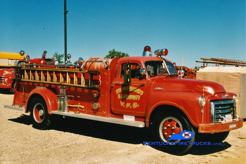 RETIRED <br /> Ryland Heights Engine 551<br /> 1953 GMC/Ahrens-Fox 500/500<br /> Greg Stapleton photo