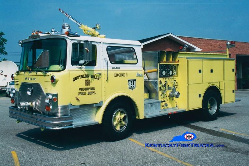 <center> RETIRED <br> Southern Hills Engine 1 <br> x-FDNY <br> 1972 Mack CF/1982 Summit 1250/650  <br> Greg Stapleton photo </center>
