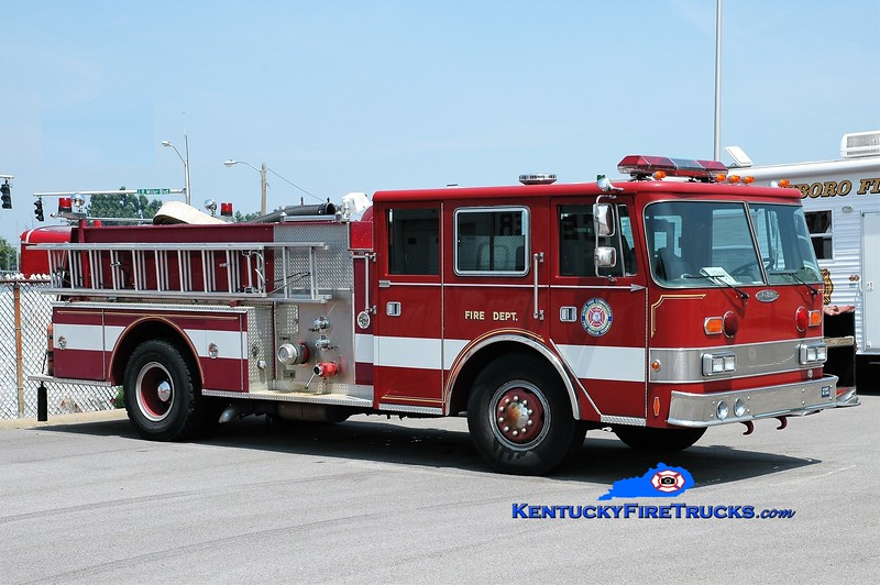 Kentucky Fire Commission State Fire Rescue Training Area 3 Pumper <br /> x-Owensboro, KY <br /> 1981/1991 Oshosh/Pierce 1250/500<br /> Greg Stapleton photo