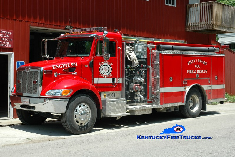 <center> Fisty-Dwarf  Engine 901  <br> 2005 Peterbilt PB335/Elite 1250/1250 <br> Greg Stapleton photo </center>