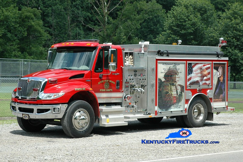 <center> Kite-Topmost  Pumper 1501 <br> 2008 International 4400/Wynn 1250/1000 <br> Greg Stapleton photo </center>