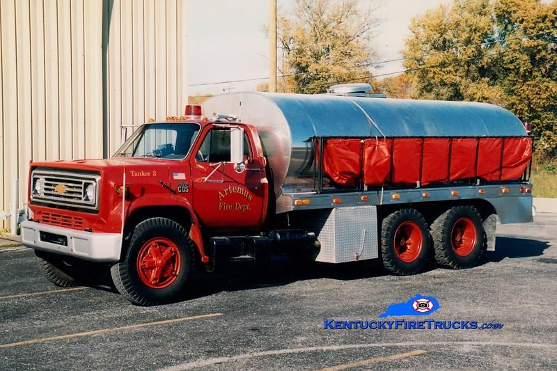 <center> RETIRED <br> Artemus  Tanker 3  <br> 1973 Chevy C65/Bluegrass  0/3200 <br> Greg Stapleton photo </center>
