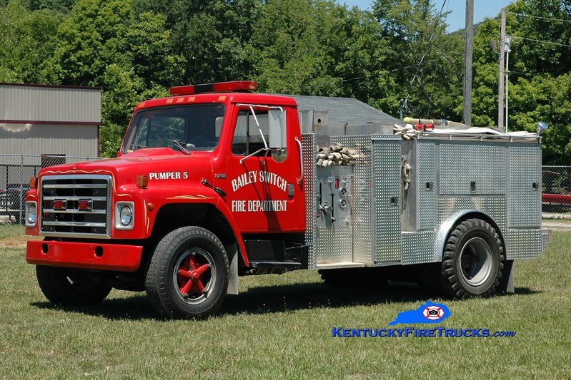 <center> RETIRED <br> Bailey Switch  Pumper 5 <br> 1983 International S1700/Wynn 250/1400 <br> Greg Stapleton photo </center>