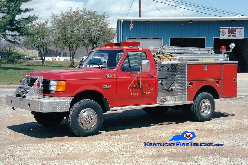 <center> Barbourville Engine 7  <br> 1987 Ford F-350 4x4/Warner 250/250 <br> Greg Stapleton photo </center>
