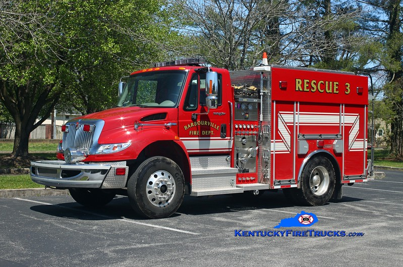 Barbourville  Rescue 3<br /> 2009 International 4400/Summit 500/300<br /> Kent Parrish photo