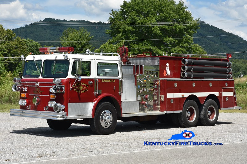 East Knox  Tanker 3<br /> x-Lexington Park, MD & New Albany Twp, IN<br /> 1971 Maxim F 1000/2000<br /> Greg Stapleton photo