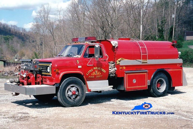 <center> Little Poplar Creek  Engine 3  <br> x-Townsville, PA <br> 1983 Chevy/4 Guys  750/1200 <br> Greg Stapleton photo </center>
