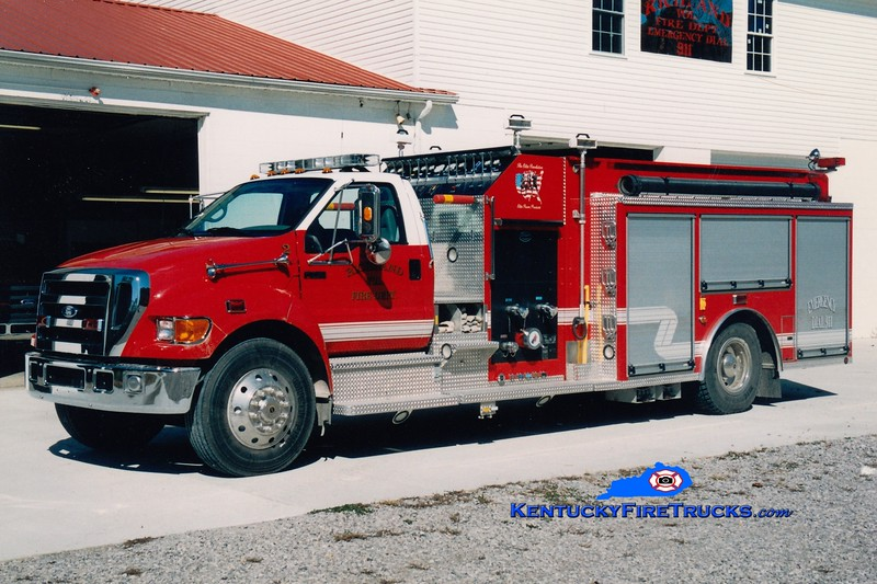 <center> Richland  Engine 2  <br> 2005 Ford F-750/Elite 1250/1000 <br> Greg Stapleton photo </center>