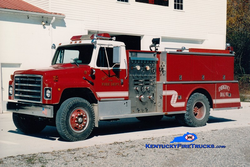 <center> RETIRED <br> Richland  Engine 3  <br> 1982 International S/Continental 1000/1000 <br> Greg Stapleton photo </center>