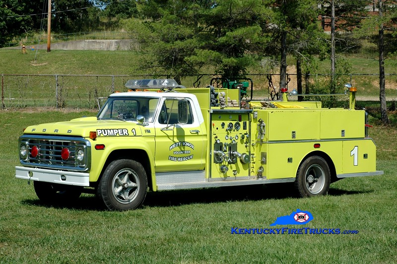 <center> West Knox  Pumper 1  <br> x-Rescue 1 <br> 1974 Ford F-750/FMC-Bean 750/500 <br> Greg Stapleton photo </center>