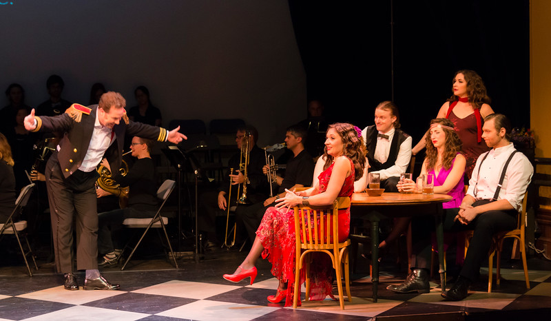 Belcore (Christopher Holmes), Adina (Bevin Hill), Allison Devery (hidden), Cameron Steinmetz, Heather Jones (seated), Gianetta (Rachel Hall), Garrett Obrycki