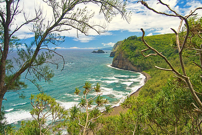 Pololu beach overlook from the trail going down. Big Island Hawaii, August 2011. Pololu0029_082611_Prnt