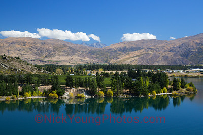 Lake Dunstan in Central Otago