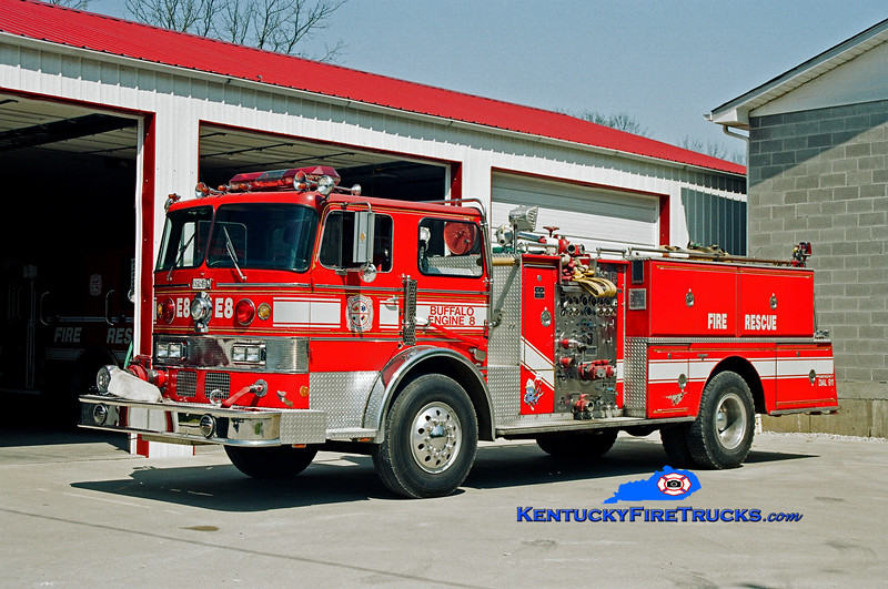 <center> Buffalo  Engine 8 <br> x-Waterlick, VA <br> 1968 Duplex/Oren/1984 Grumman 1000/500 <br> Kent Parrish photo </center>