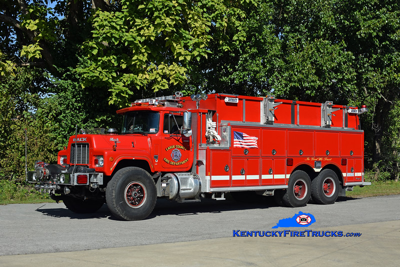 Larue County  Tanker 1<br /> x-Gardner Lake FC-Salem, CT<br /> 1988 Mack RD/1989 Ranger 1250/3500/90<br /> Kent Parrish photo