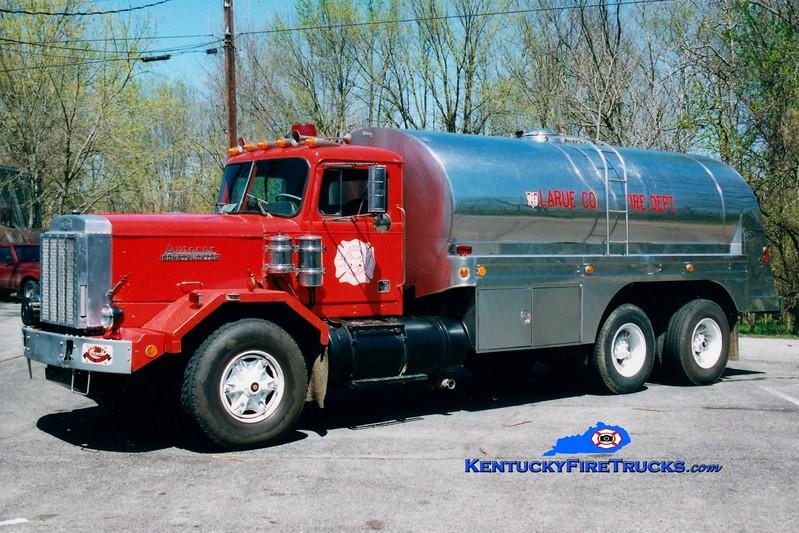 <center> RETIRED <br> Larue County  Tanker 2 <br> 1980 Autocar/1973 Progress/1996 Local 0/3400 <br> Greg Stapleton photo </center>