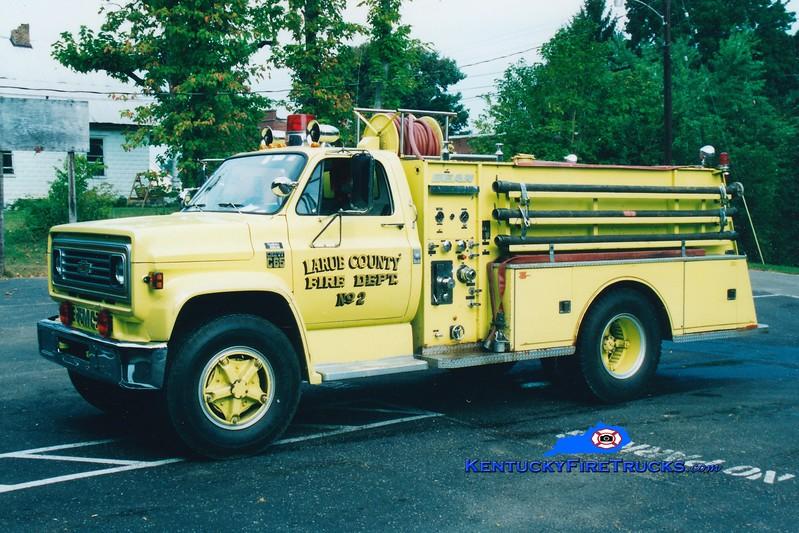 <center> RETIRED <br> Larue County  Engine 2 <br> 1977 GMC/Bean-FMC 250/1000 <br> Greg Stapleton photo </center>