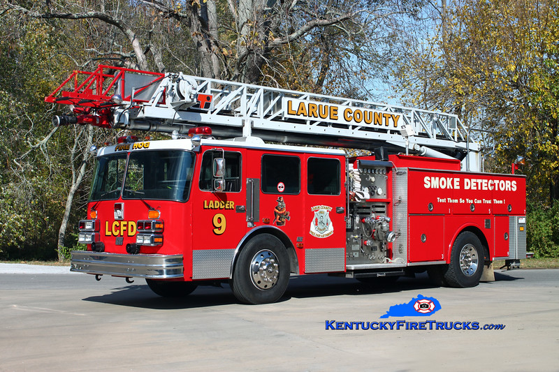 <center> Larue County  Ladder 9 <br> x-Baltimore City, MD; Port Huron, MI <br> 1987 KME 1871-WA/LTI 1500/400/75'  <br> Kent Parrish photo </center>