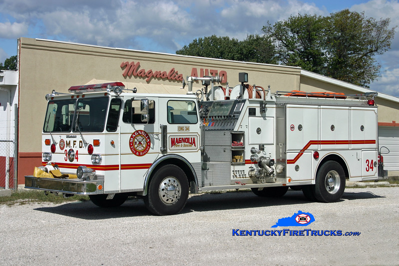 <center> RETIRED <br> Magnolia Engine 34 <br> x-Black Mudd, KY <br> 1982 Duplex D-250/Grumman-Oren 1500/750 <br> Kent Parrish photo </center>