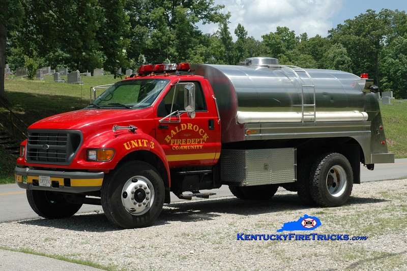<center> Baldrock  Tanker 3 <br> 2000 Ford F-750/Bluegrass 250/1800 <br> Greg Stapleton photo </center>