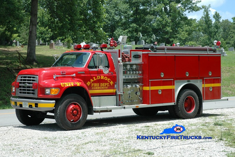 <center> Baldrock  Engine 2 <br> 1995 Ford F-800/E-One 1250/1000 <br> Greg Stapleton photo </center>