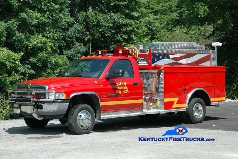 <center> Bush  Engine 1 <br> 1999 Dodge 3500 4x4/MCB/Wynn 500/250 <br> Greg Stapleton photo </center>