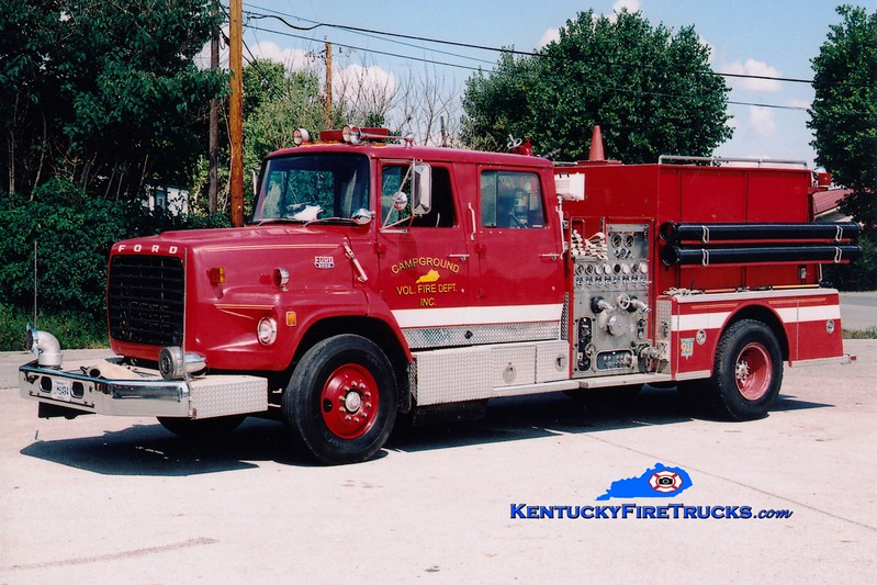 <center> RETIRED <br> Campground  Engine 3 <br> x-Lexington, KY <br> 1983 Ford LS/American LaFrance  1250/1000 <br> Greg Stapleton photo </center>